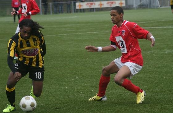 http://www.hetamsterdamschevoetbal.nl/wp-content/uploads/2013/12/OSVOFC-016.jpg