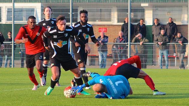 Penalty in slotfase bezorgt AFC zege op hekkensluiter JSV Nieuwegein