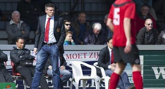 Foto website AFC: Maarten Stekelenburg ziet zijn team bij zijn debuut in de slotfase als nog gelijkspelen