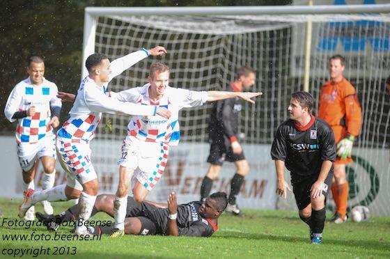 Foto Rob Beense: Alje Wiltenburg zorgt voor de 2-0
