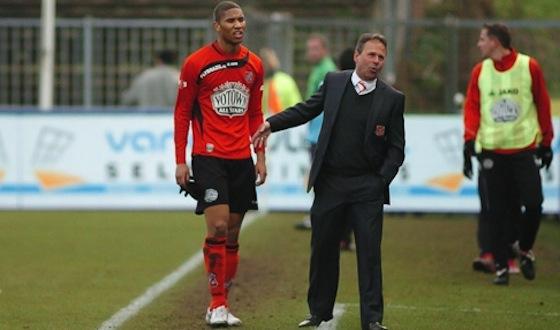 Foto FC Volendam: Halfhuis met trainer Gert Kruys
