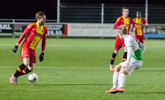 Donny Reugebrink in het shirt van Go Ahead Eagles tegen de beloften van FC Dordrecht. Foto: Niels Breider