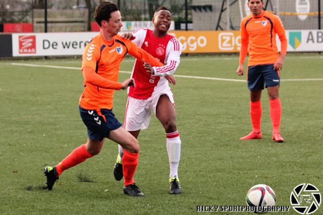 Stanley Akoy heeft inmiddels een basisplaats veroverd op het middenveld van Ajax.