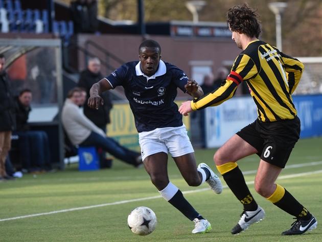 Foto Marcel de Kler: Bright Among vorig seizoen in duel met OFC-er Willem Scheerens