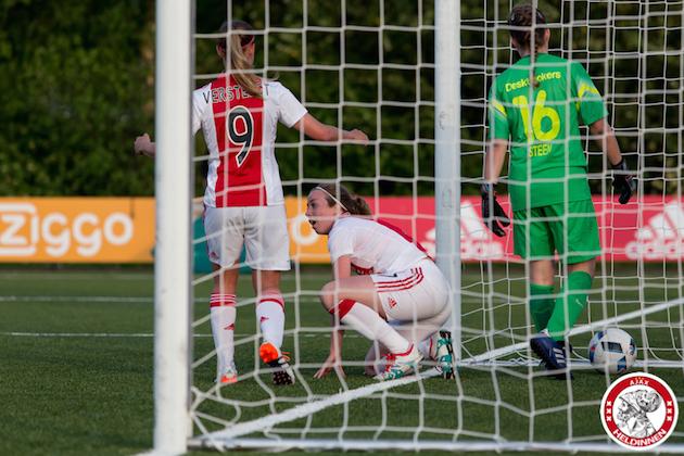 2016-05-13-Ajax-vrouwen-Telstar-00014